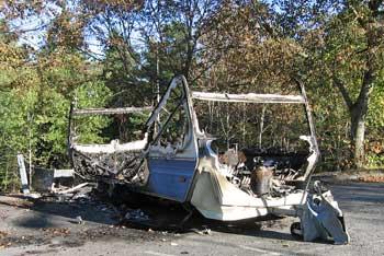 Utbränd husvagn